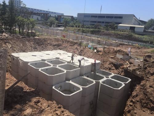 成品生化池安装